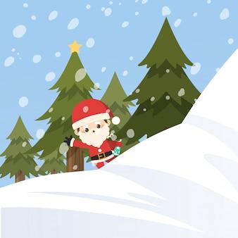 Feliz natal, papai noel pequeno atrás da montanha da neve.