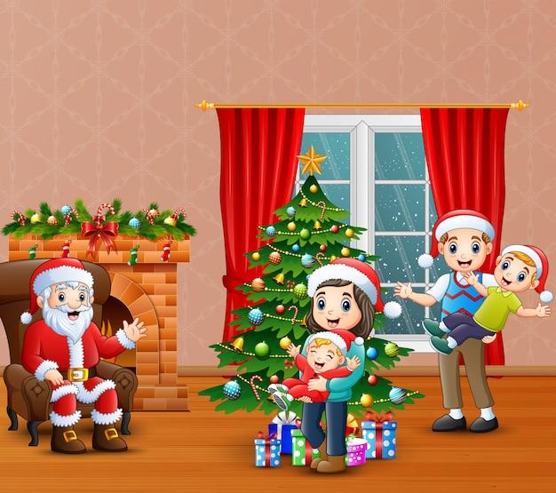 Feliz, santa, calus, com, celebração familiar, um, natal, casa