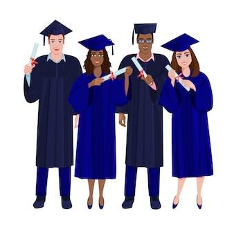 Felizes graduados em vestidos pretos e chapéus com borlas segurando diplomas