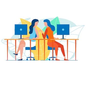 Femininas, trabalhadores escritório, falando, loja, em, seu, escrivaninhas