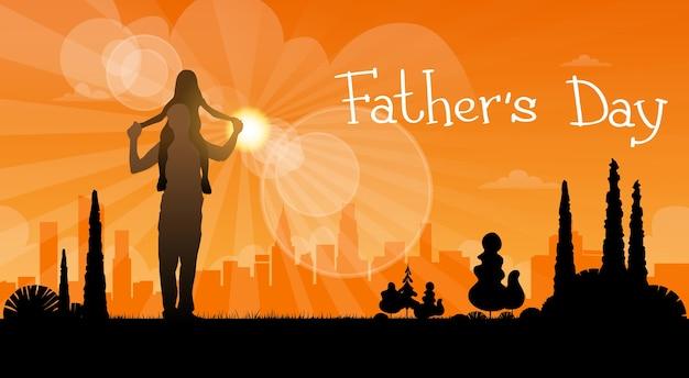 Feriado do dia do pai, filha da silhueta senta-se em ombros do paizinho