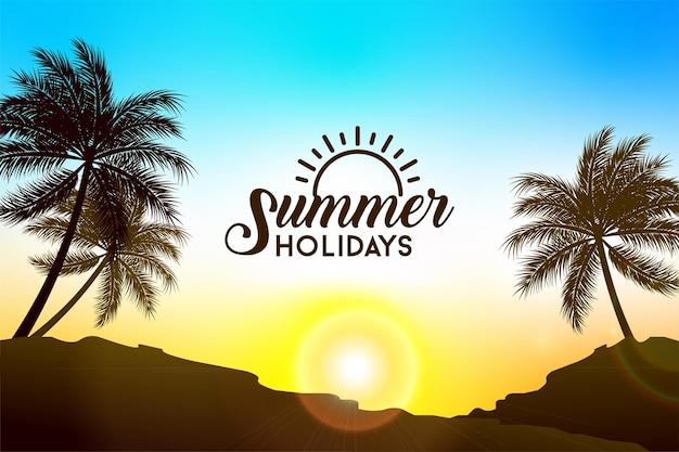 Férias de verão com palmeiras, céu e pôr do sol.