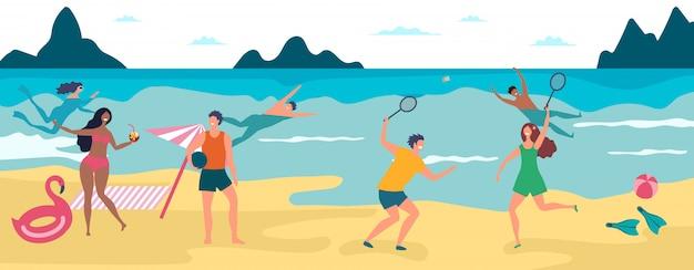 Férias de verão na praia. felizes meninos e meninas nadando e tomando banho de sol