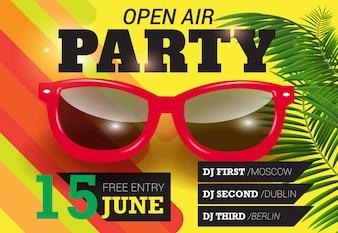 Festa, ao ar livre, quinze de junho, letras com óculos de sol vermelhos. Convite de verão