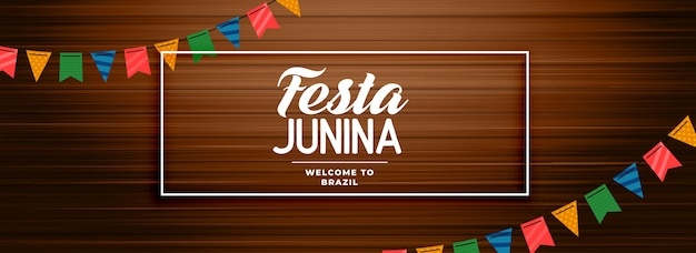 Festa junina banner de madeira com decoração de festão