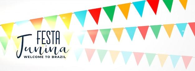 Festa junina com guirlandas coloridas