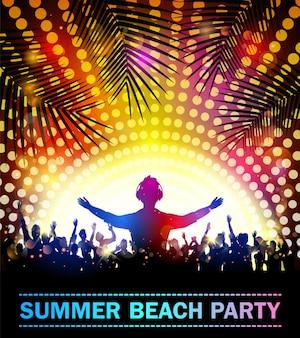 Festa na praia de verão com silhuetas de dança