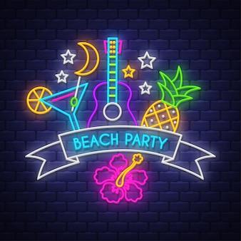 Festa na praia. letras de sinal de néon