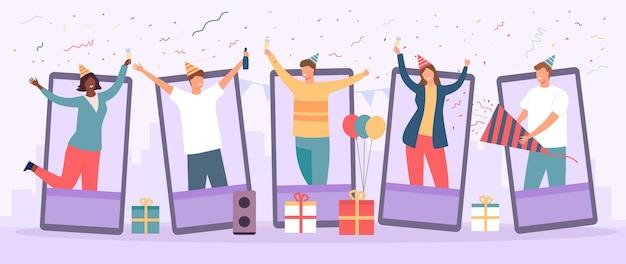 Festa online. celebração de aniversário em chat de vídeo. grupo de amigos se reunindo para comemorar e beber. conceito de vetor de evento de diversão virtual de equipe de trabalho. reunião com pessoas na internet remotamente no smartphone