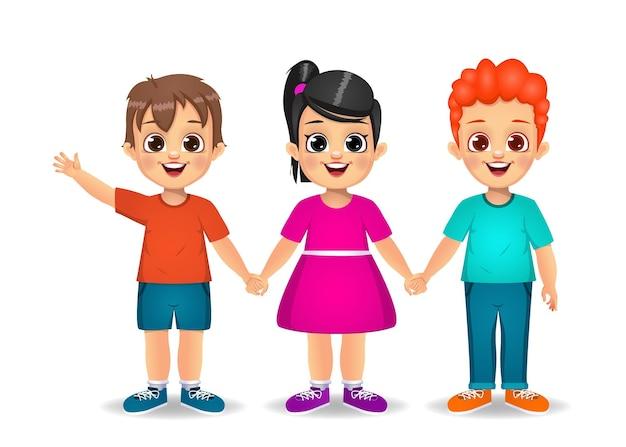 Filhos fofos de mãos dadas