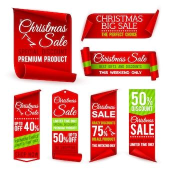 Fitas de natal. banners de venda de tecido vermelho nas férias de natal com ofertas de desconto. rótulos de tags vetoriais realistas