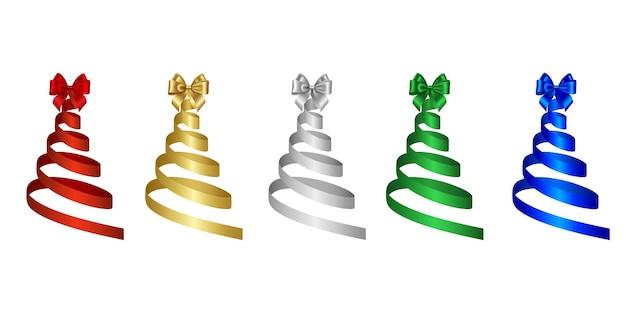 Fitas prateadas, douradas, vermelhas, verdes e azuis em forma de árvore de natal com laços