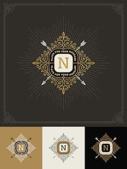 - floresce o logotipo do monograma de ouro brilhante. projeto de identidade para café, loja, loja, restaurante, boutique, hotel, heráldica, moda e etc.