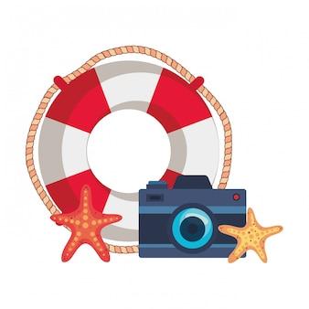 Flutuar marinho com câmera fotográfica e estrela do mar