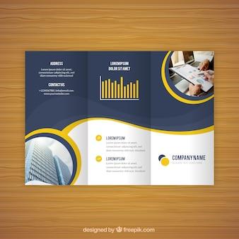 Flyer ondulado de negócios triful simples