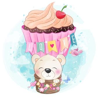 Fofo urso no balão de ar