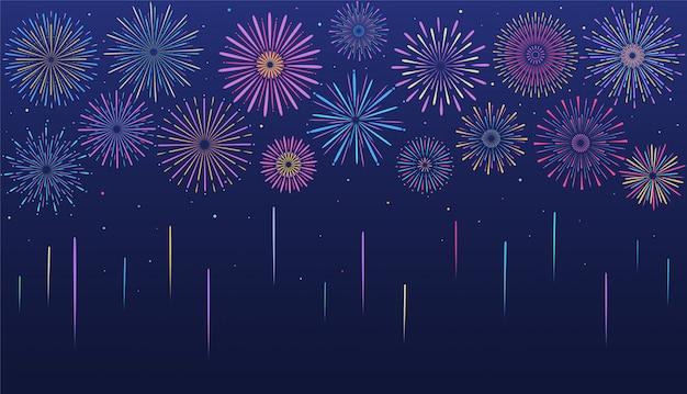 Fogos de artifício multicoloridos festivos em várias formas. estourando foguetes pirotécnicos com estrelas e faíscas.