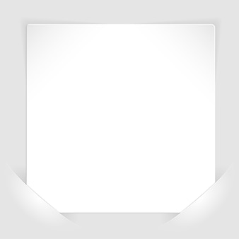 Folha de papel branco montada nos bolsos