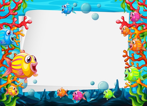 Folha de papel em branco com personagens de desenhos animados de peixes exóticos coloridos na cena subaquática