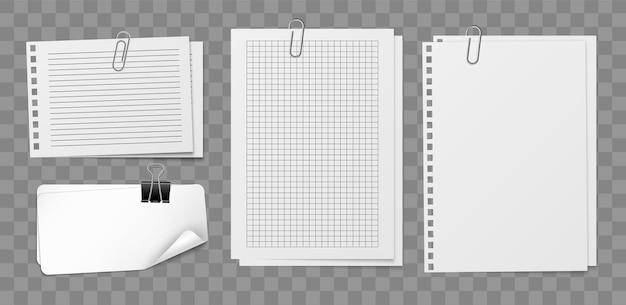 Folhas de papel para cartas com suporte e clipe. folha de papel branco vazio em branco quadrado caderno cravejado de prendedor de metal, escritório ou papelaria escolar. coleção isolada de adesivos de memorando de maquete realista de vetor