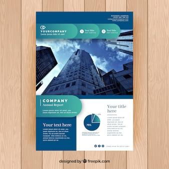 Folheto comercial com estilo abstrato