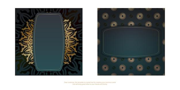 Folheto de saudação com gradiente de cor verde com padrão de mandala ouro preparado para impressão.