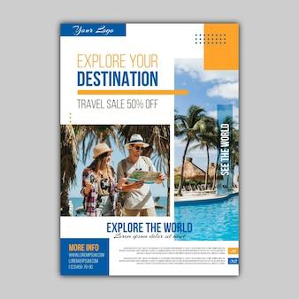 Folheto de venda de viagens abstrato com foto