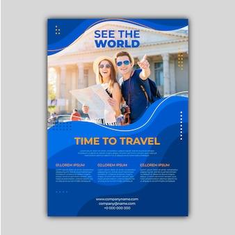 Folheto de venda de viagens com modelo de foto