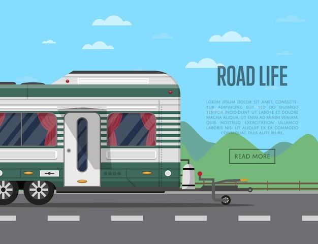 Folheto de vida na estrada com reboque de acampamento