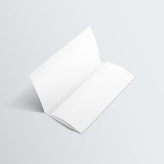 Folheto dobrado em zigue-zague em branco brochura com três dobras de papel branco