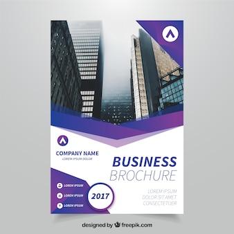 Folheto empresarial com formulários geométricos