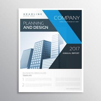 Folheto negócio marca corporativa ou modelo folheto com formas azuis e pretas e edifício backgorund