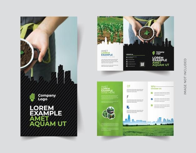 Folheto trifold com acento preto e verde