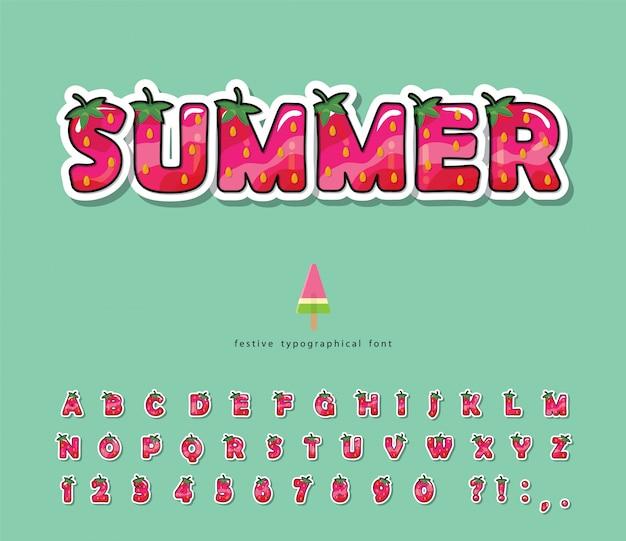 Fonte de verão. alfabeto de morango dos desenhos animados.