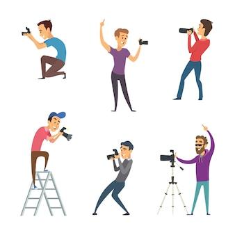 Fotógrafos fazem fotos. conjunto de caracteres engraçados isolar em branco