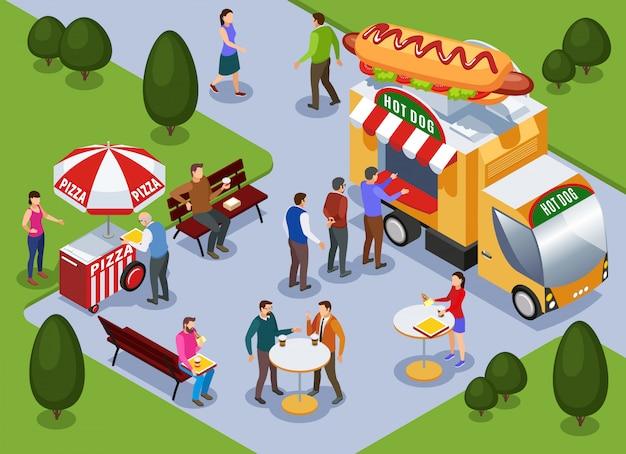 Fragmento da paisagem do parque da cidade com carrinho de pizza de caminhão de cachorro-quente e pessoas comendo ilustração vetorial isométrica ao ar livre