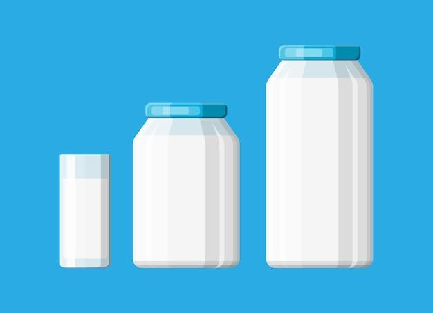 Frasco de vidro com leite isolado em azul