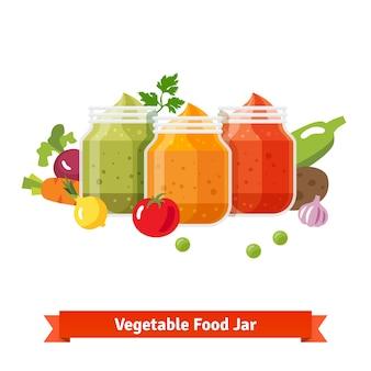 Frascos de alimentos vegetais. purê de bebê