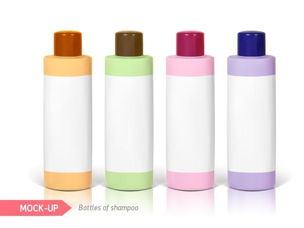 Frascos pequenos de shampoo com rótulo. mocap para apresentação do rótulo.
