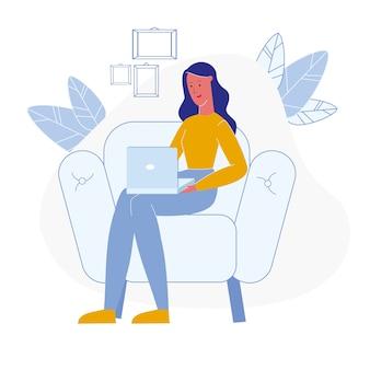Freelancer feminino trabalhando personagem de vetor plana