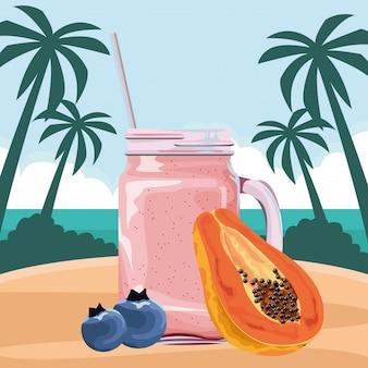 Frutas tropicais e smoothie drink