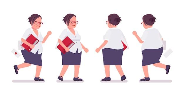 Funcionária gorda ocupada andando, correndo