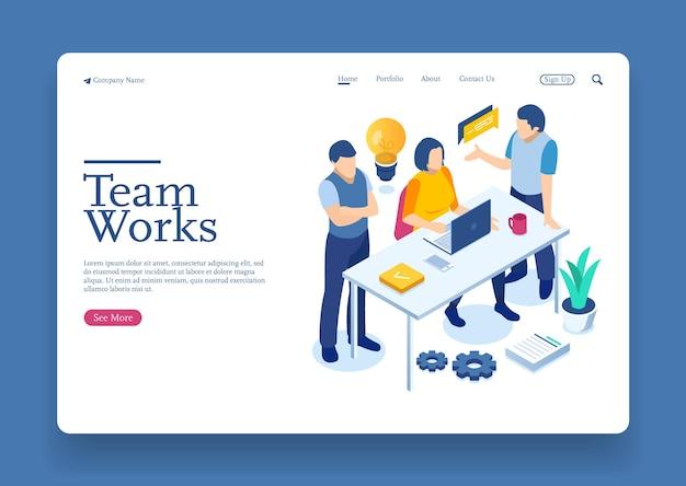Funcionários de startups pensando em metas construção de cooperação por grupo de agências para criar novas ideias