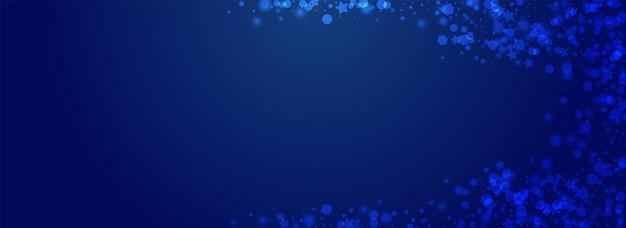 Fundo azul brilhante do vetor da neve. cartão mínimo de prata da tempestade de neve. textura de estrelas de bokeh. cenário de confete de natal.