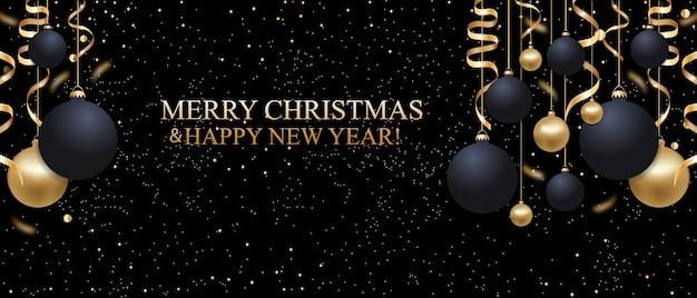Fundo brilhante preto de natal com bolas de natal e fitas douradas.