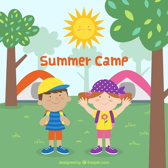 Fundo de acampamento de verão com crianças felizes