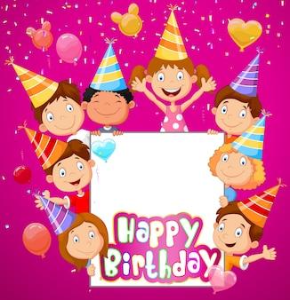 Fundo de aniversário com crianças felizes