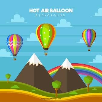 Fundo de balões de ar quente no céu com nuvens