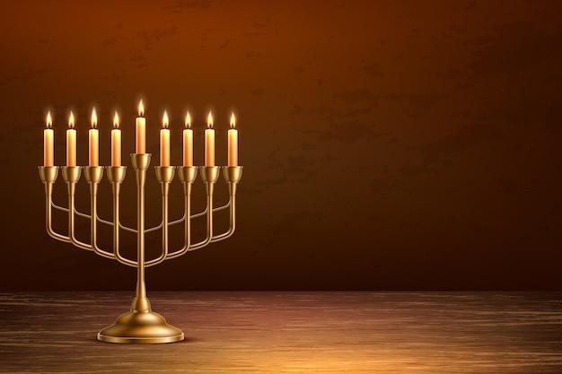 Fundo de feriado judaico de hanukkah com candelabro de menorá dourado realista com velas no pano de fundo da mesa de madeira