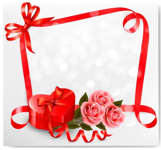 Fundo de férias com caixa de presente vermelha em forma de coração e flores